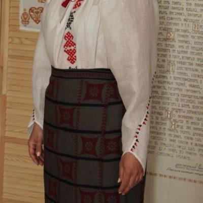 Сорочка уставкова з крученим рукавом (Буковина) та плахта